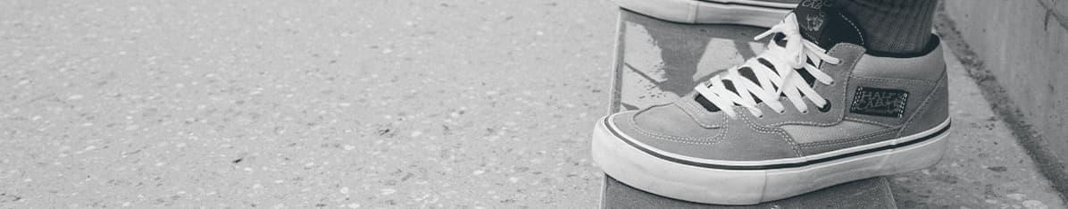 Vans Chukka Midtop Mid Ankle Sneakers For Men Buy Black