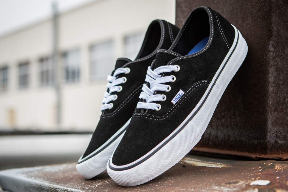 Vans Authentic Pro Black White