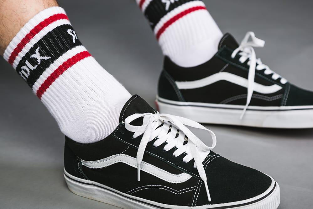 In omaggio calzini sk8dlx con ogni scarpa