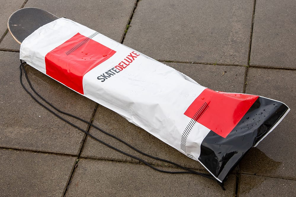 Free SK8DLX Rain Cover bag with every order exceeding CHF 130