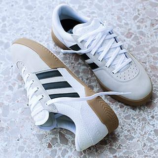 Skate Schuhe und Sneaker