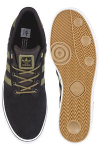 adidas Seeley Premiere Schuh (black olive)