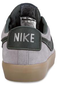 Nike SB Blazer Low Grant Taylor Schuh (gun smoke black spruce)