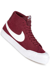Nike SB Zoom Blazer Mid XT Schuh (dark team red white)