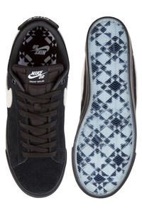 Nike SB Zoom Blazer Low Grant Taylor Schuh (black white black)