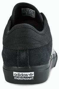 adidas Skateboarding Matchcourt Zapatilla (core black white gum)