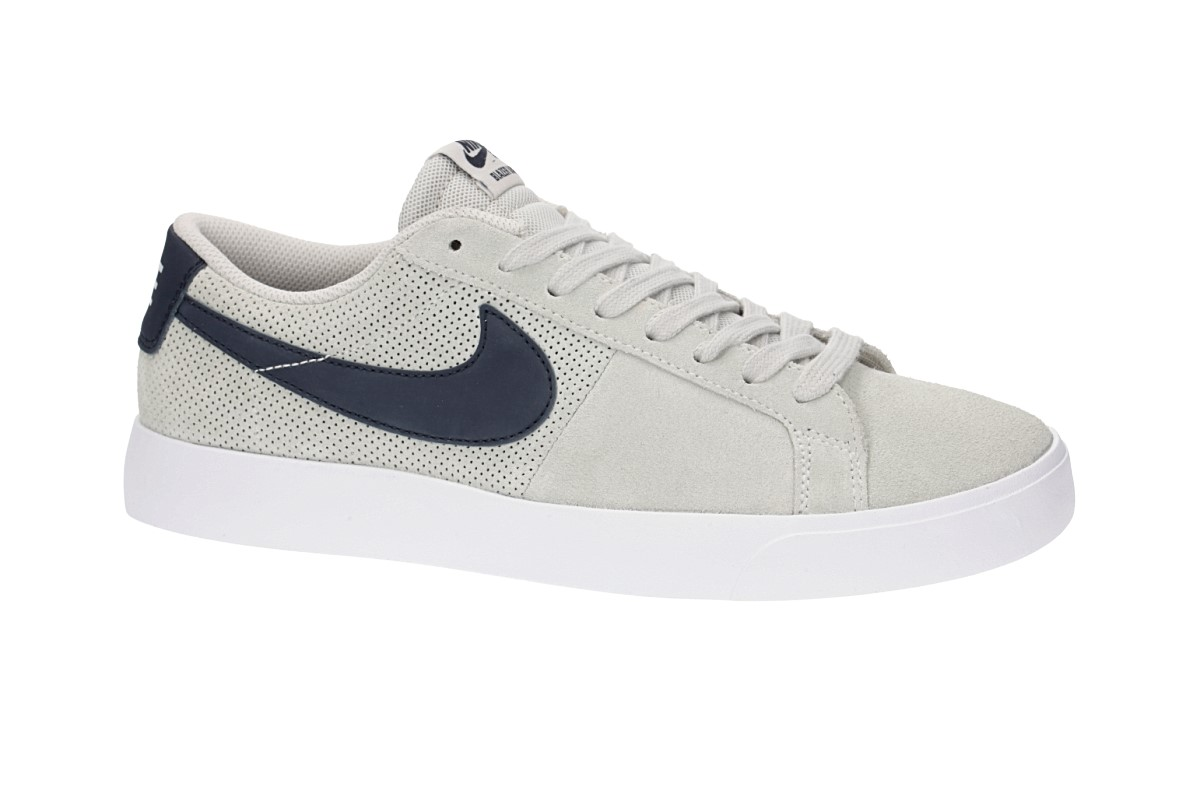 Nike SB Blazer Vapor Shoes (summit white obsidian)