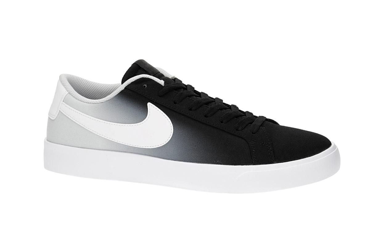 sports shoes 5d0b4 af206 Nike SB Blazer Vapor Textile Shoes (black white pure platinum)