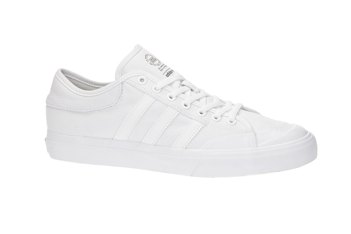 adidas Skateboarding Matchcourt Shoes (white white white)