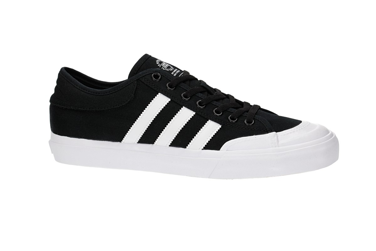 adidas Skateboarding Matchcourt Zapatilla (core black white core black)