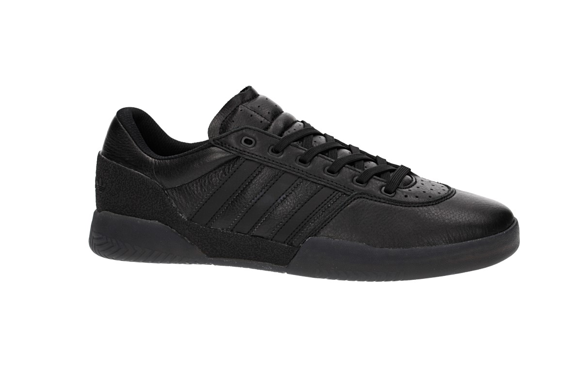 adidas Skateboarding City Cup Shoes (core black core black gold)