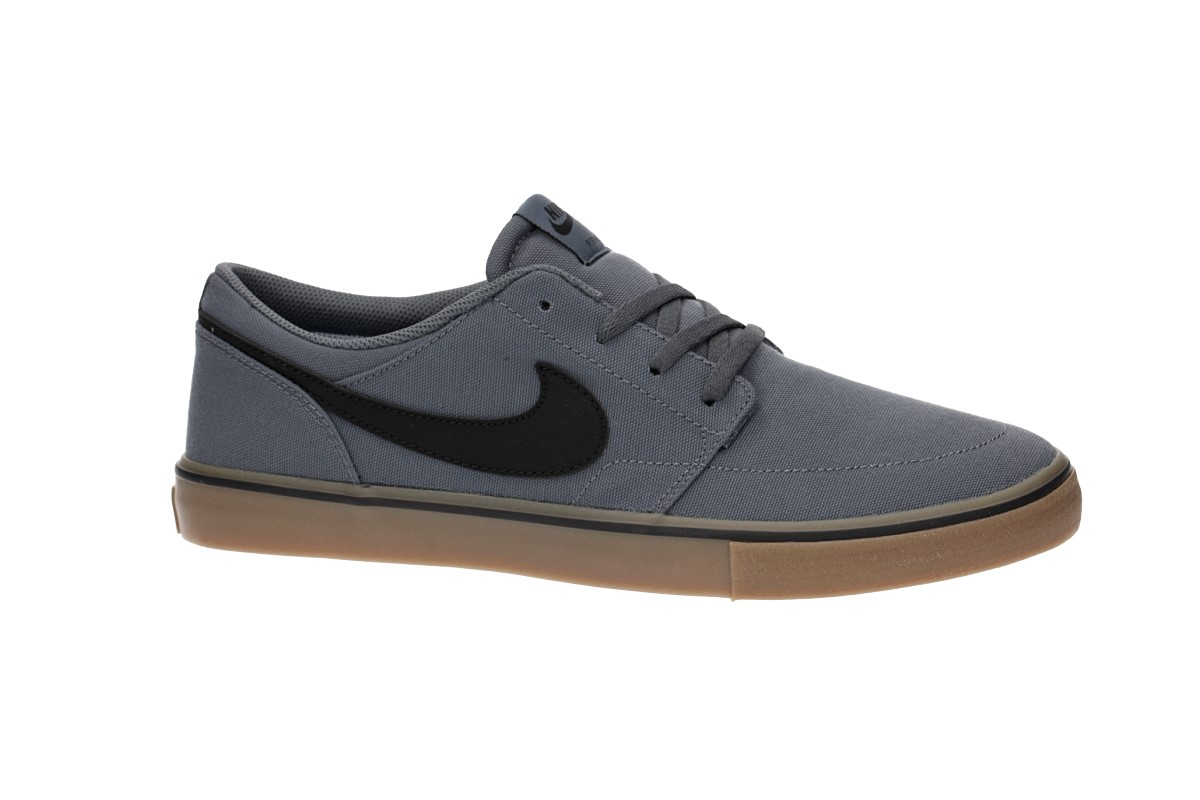 Nike SB Solarsoft Portmore II Canvas Scarpa (dark grey black gum)