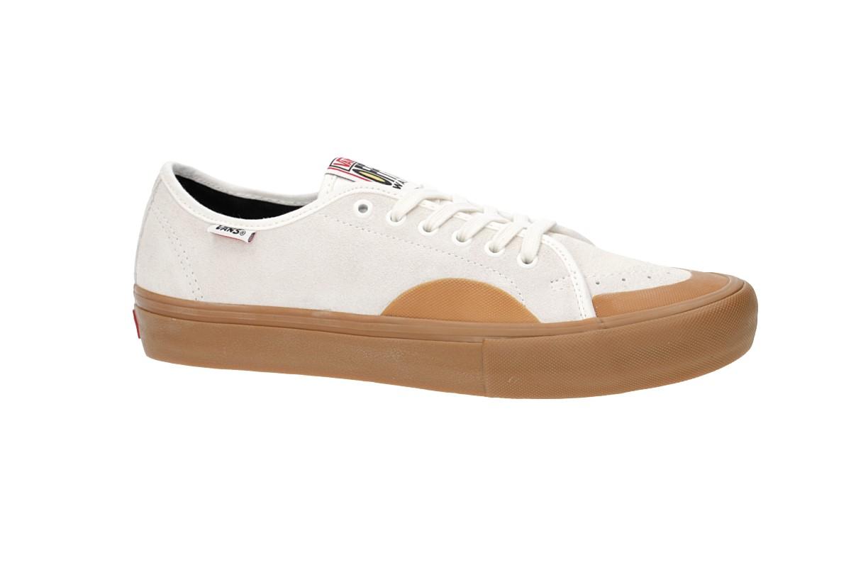 Vans AV Classic Pro Shoes (marshmallow classic gum)