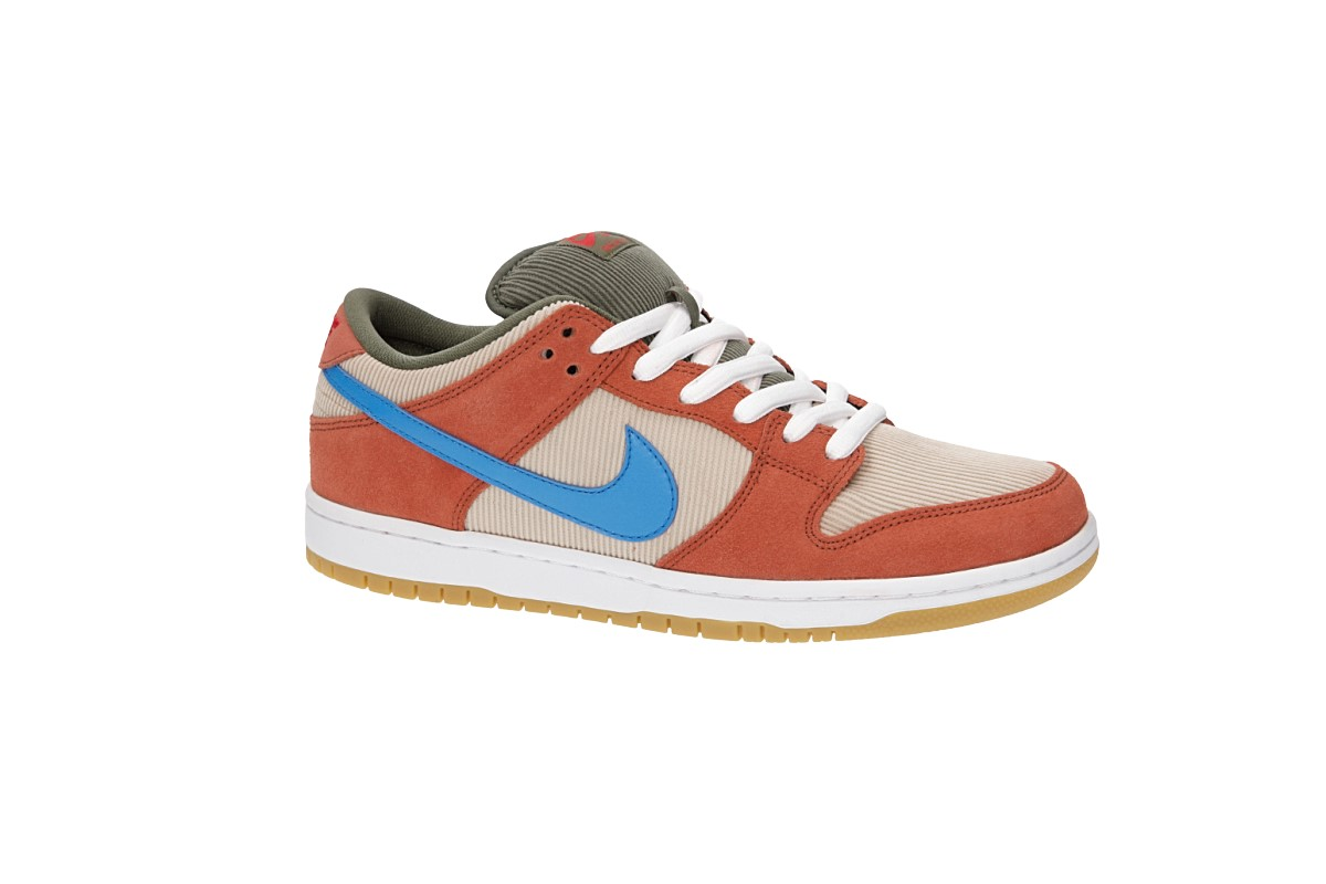 timeless design f6b41 a66a3 Nike SB Dunk Low Pro Shoes (dusty peach photo blue)