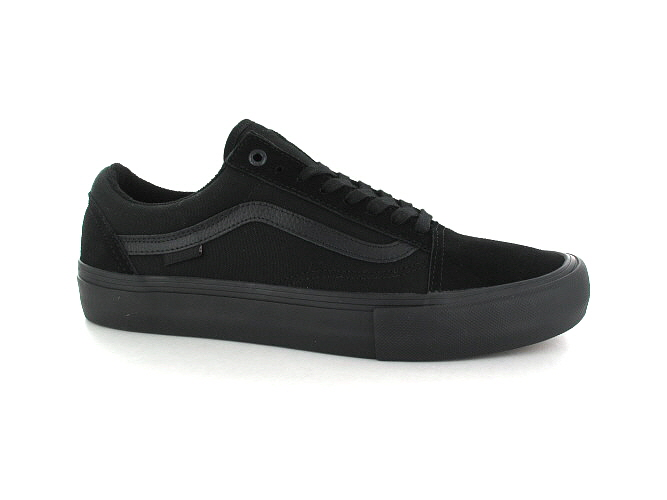 7d5a98c7fccbe6 Vans Old Skool Pro Shoes (blackout) buy at skatedeluxe
