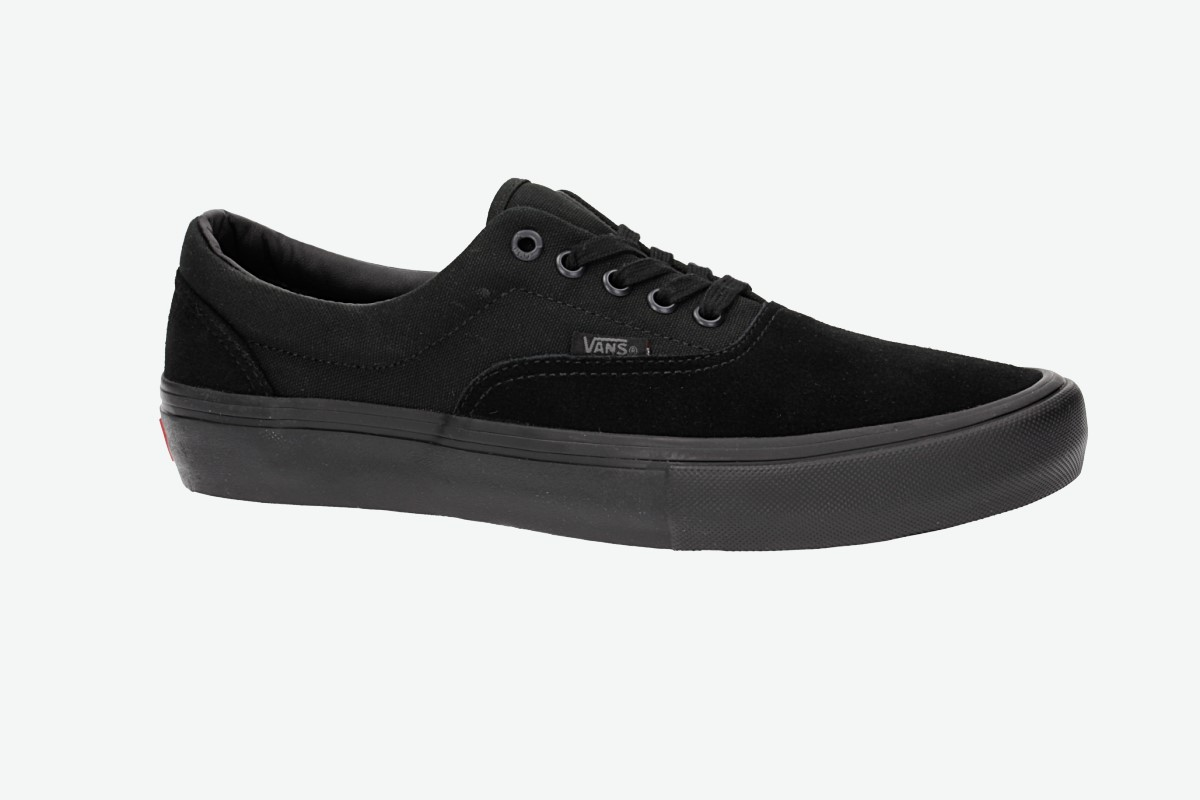 d6db9c88ec Vans Era Pro Shoes (blackout) buy at skatedeluxe