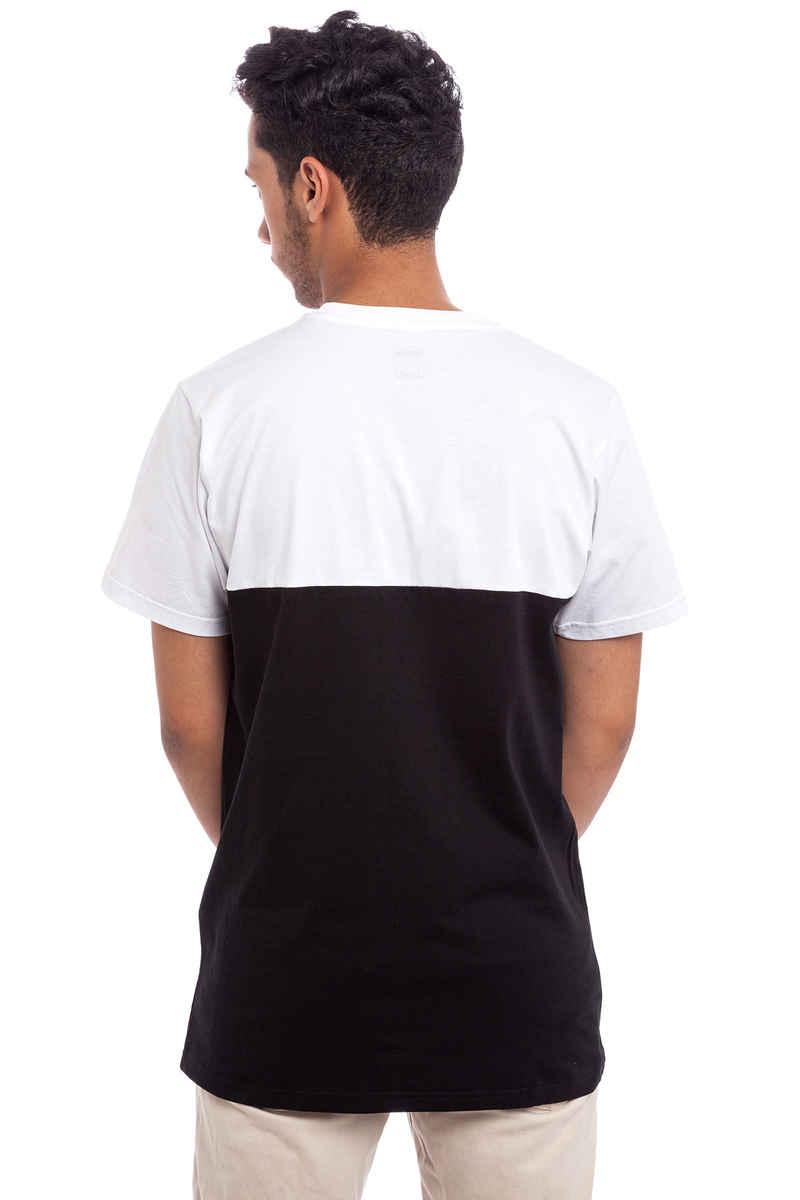 SK8DLX Switch T-Shirt (black white)