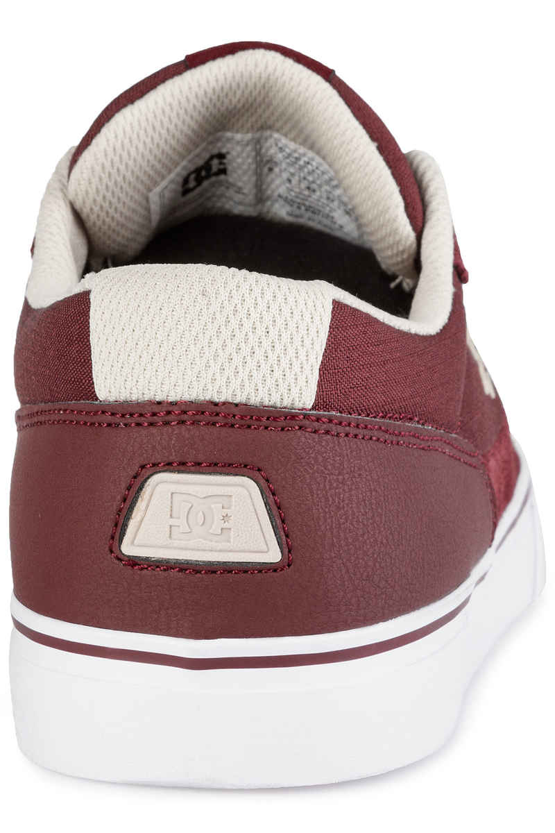DC Switch S Shoes (maroon)