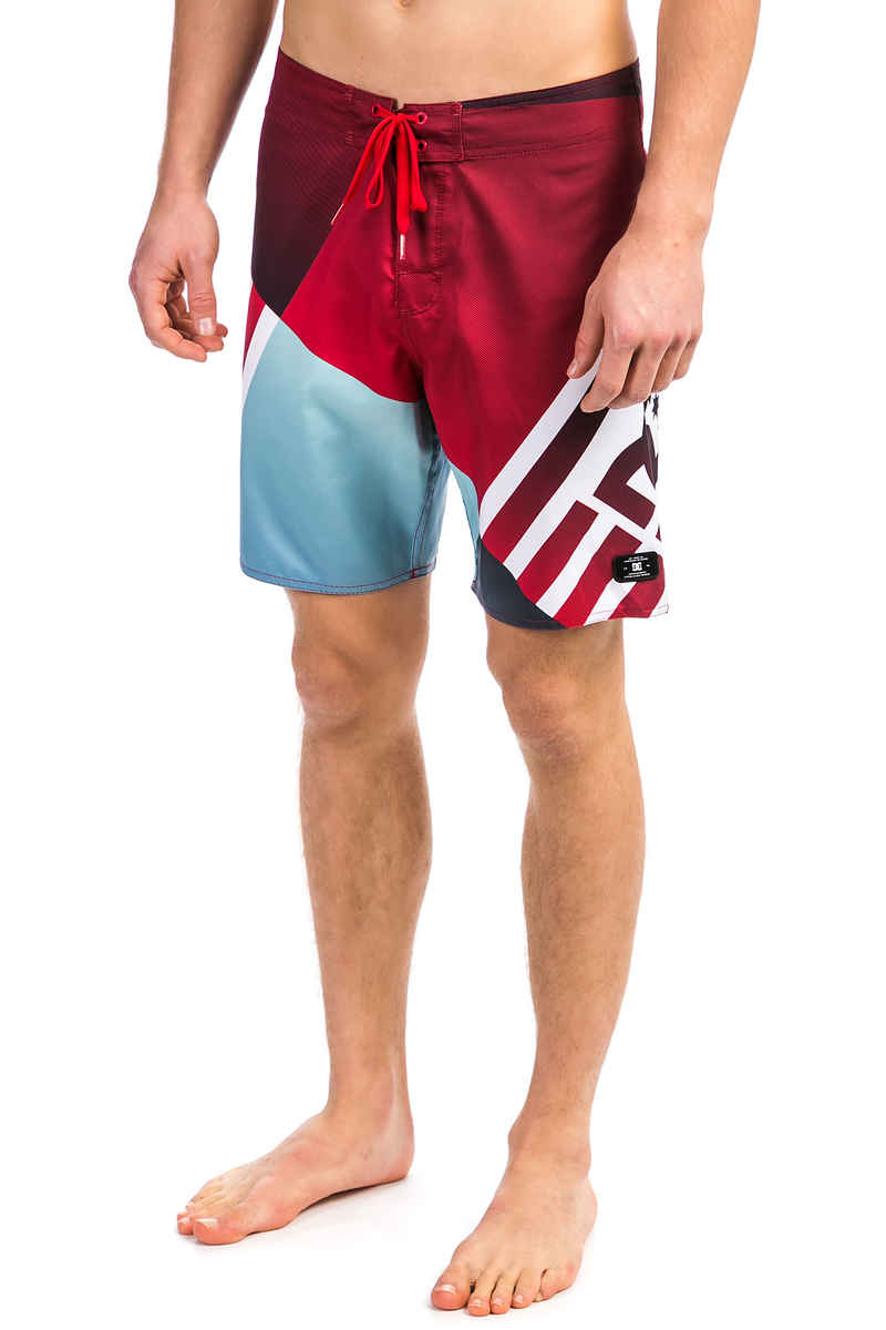 "DC Verticular 21 Boardshorts 21"" (tango red)"