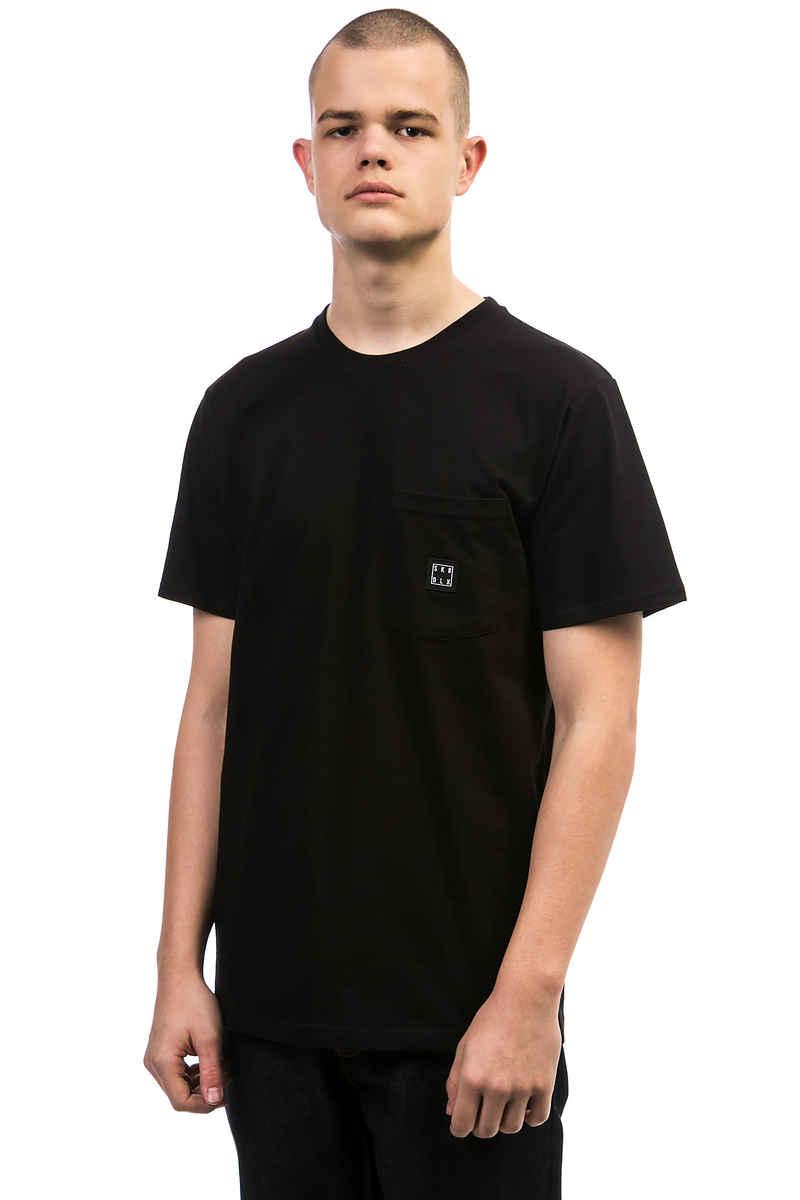 SK8DLX Square Pocket T-Shirt (black)