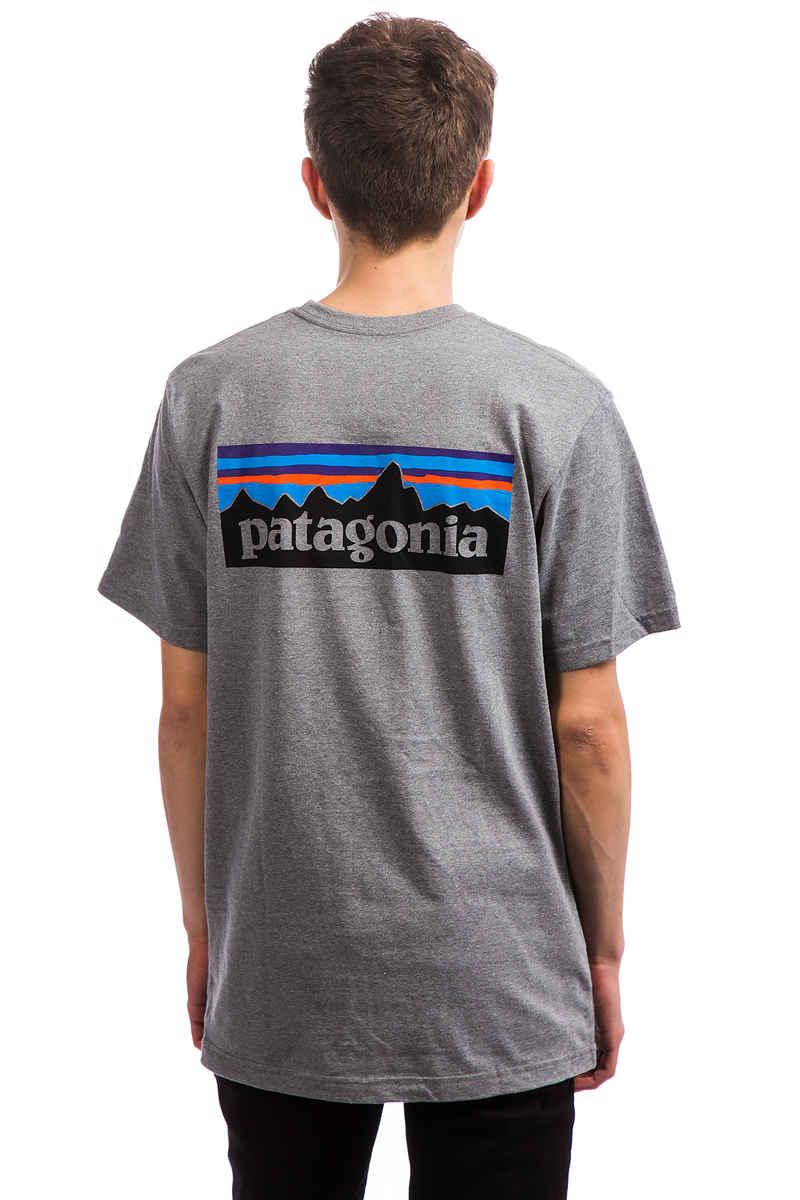 Patagonia P-6 Logo Responsibili Camiseta (gravel heather)