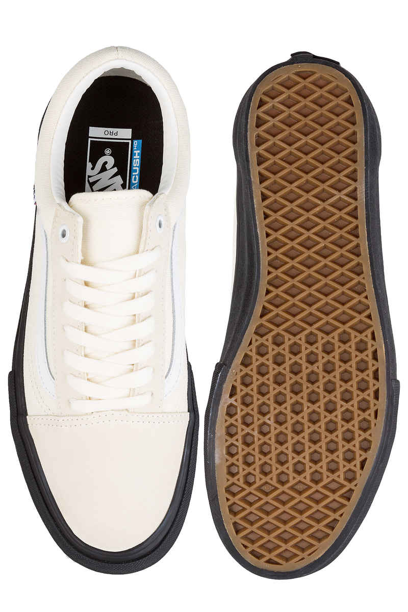 Vans Old Skool Pro Shoes (classic white black)