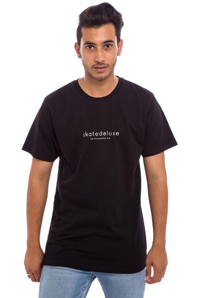 SK8DLX Modest T-Shirt (all black)