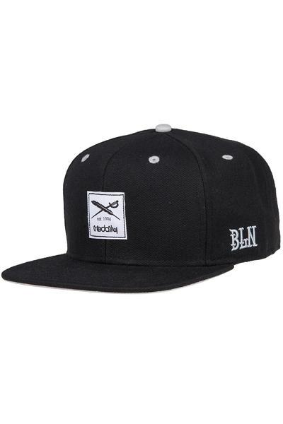 Iriedaily Daily Flag Snapback Cap (black)