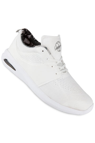 Globe Mahalo Lyte Mesh Shoe (white)