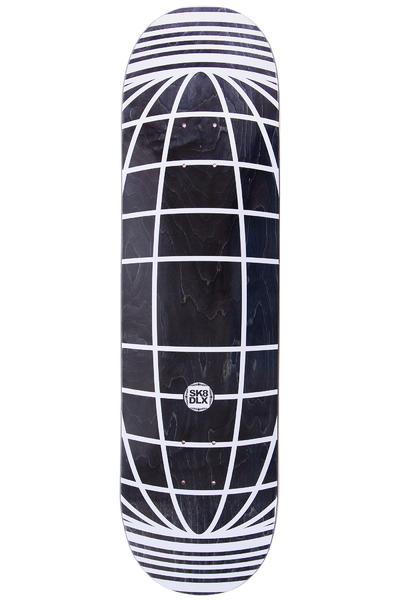 "SK8DLX Global Series 8.5"" Deck (black white)"