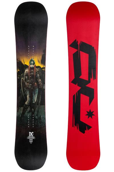 DC Media Blitz 154cm Snowboard 2015/16