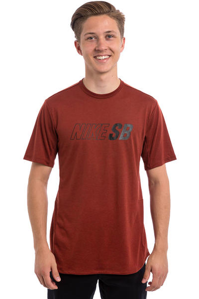 Nike SB Skyline Dri-FIT Cool T-Shirt (dark cayenne)
