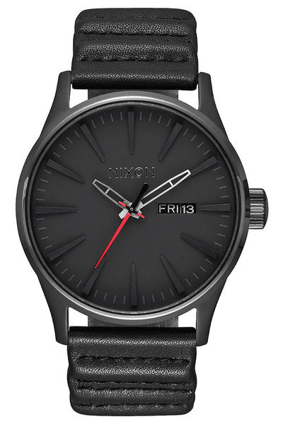Nixon x Star Wars Kylo Ren The Sentry Leather Uhr (black)