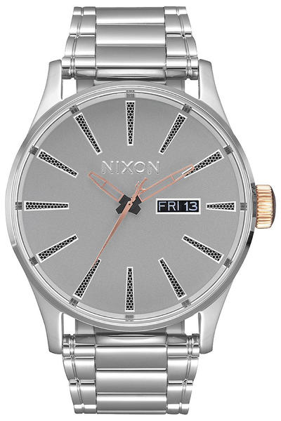 Nixon x Star Wars Captain Phasma The Sentry SS Uhr (black)