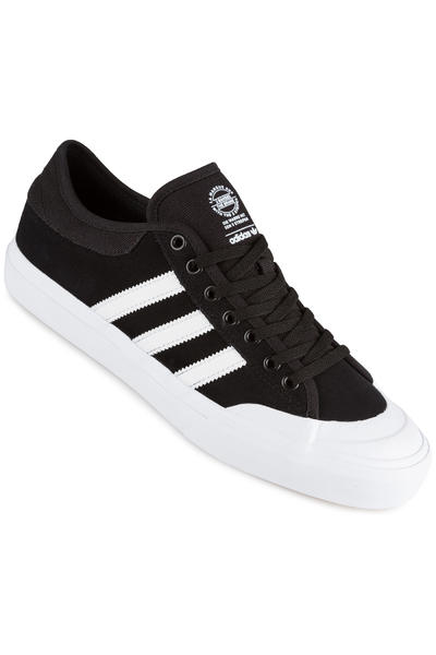 adidas Matchcourt ADV Schuh (black white white)