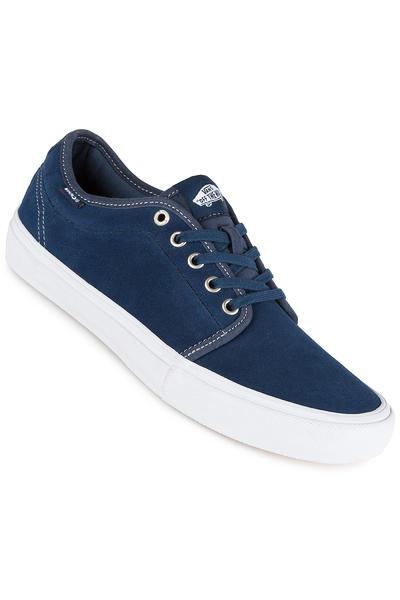 Vans Chukka Low Pro Shoe (bandana insignia blue)