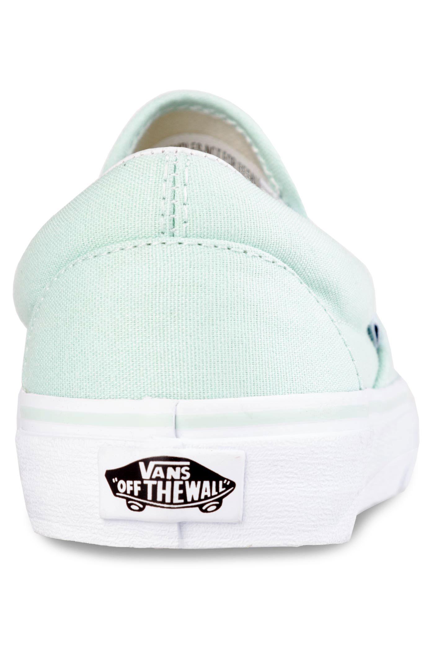 6f4bd8e65c35f0 Vans Classic Slip-On Shoes women (bay true white) buy at skatedeluxe