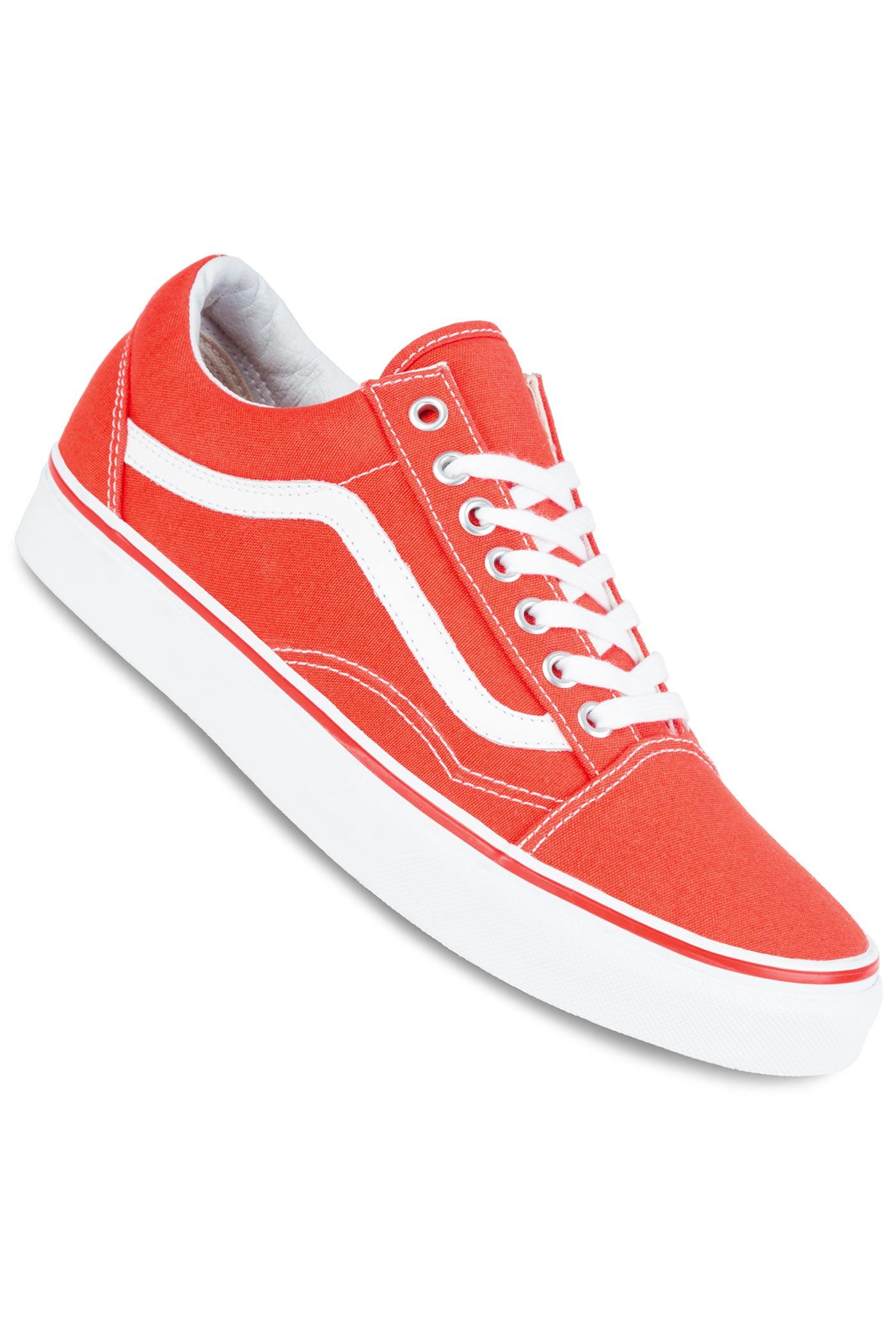 dab2d3ea7a63 Vans Old Skool Shoe (cherry tomato true white) buy at skatedeluxe