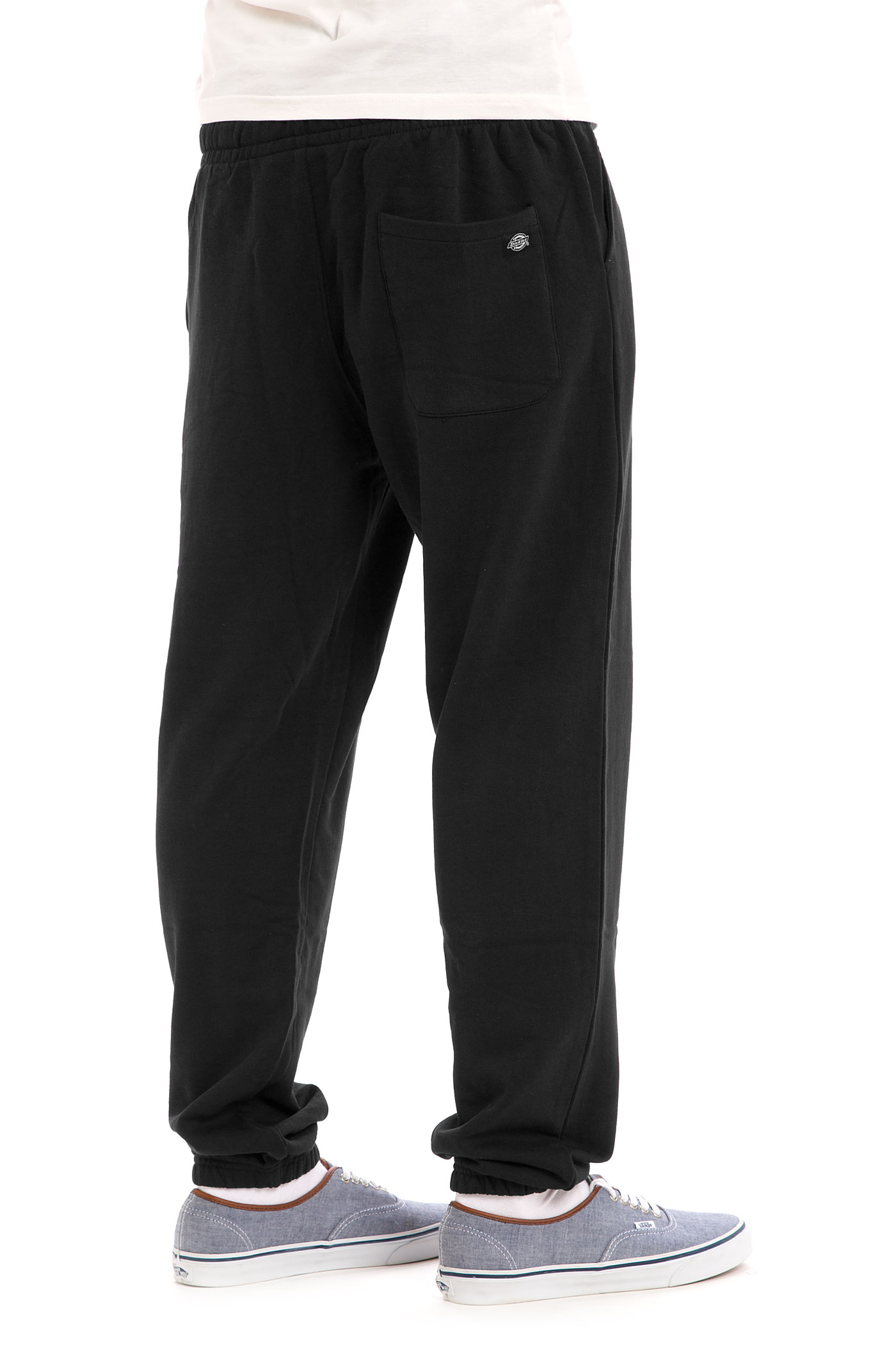more dickies sweat pants 2 more sweat pants 20 dickies: https://www.skatedeluxe.ch/en/dickies-belmont-pants-black_p72025