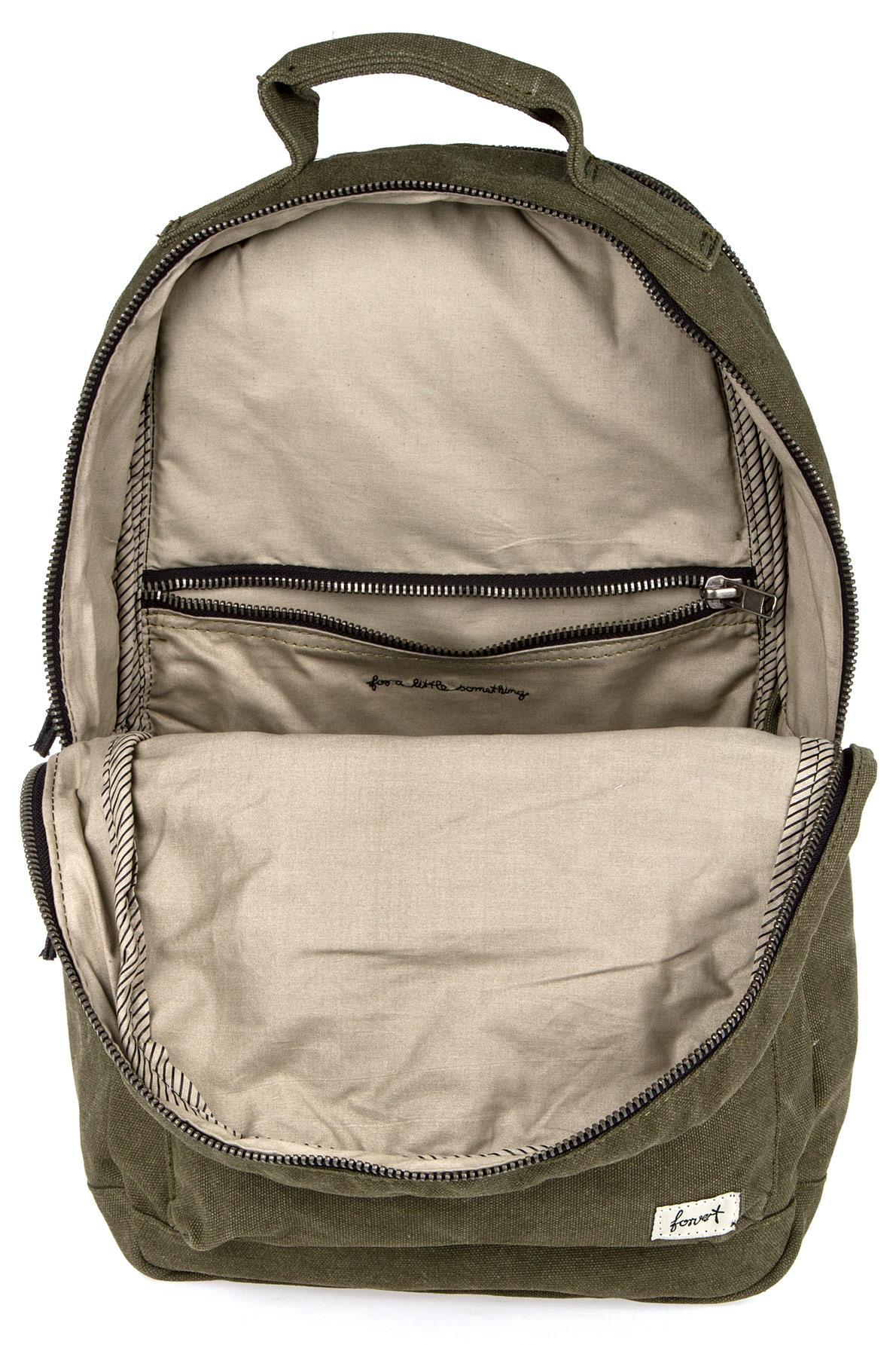 forvert carl backpack 19 l olive buy at skatedeluxe. Black Bedroom Furniture Sets. Home Design Ideas