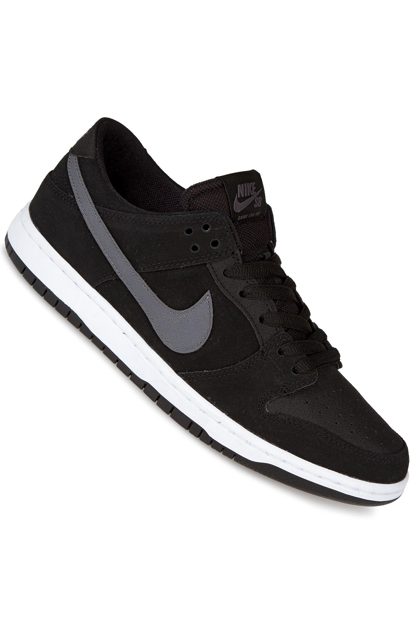 nike sb dunk low pro ishod wair chaussure black white light graphite achetez sur skatedeluxe. Black Bedroom Furniture Sets. Home Design Ideas