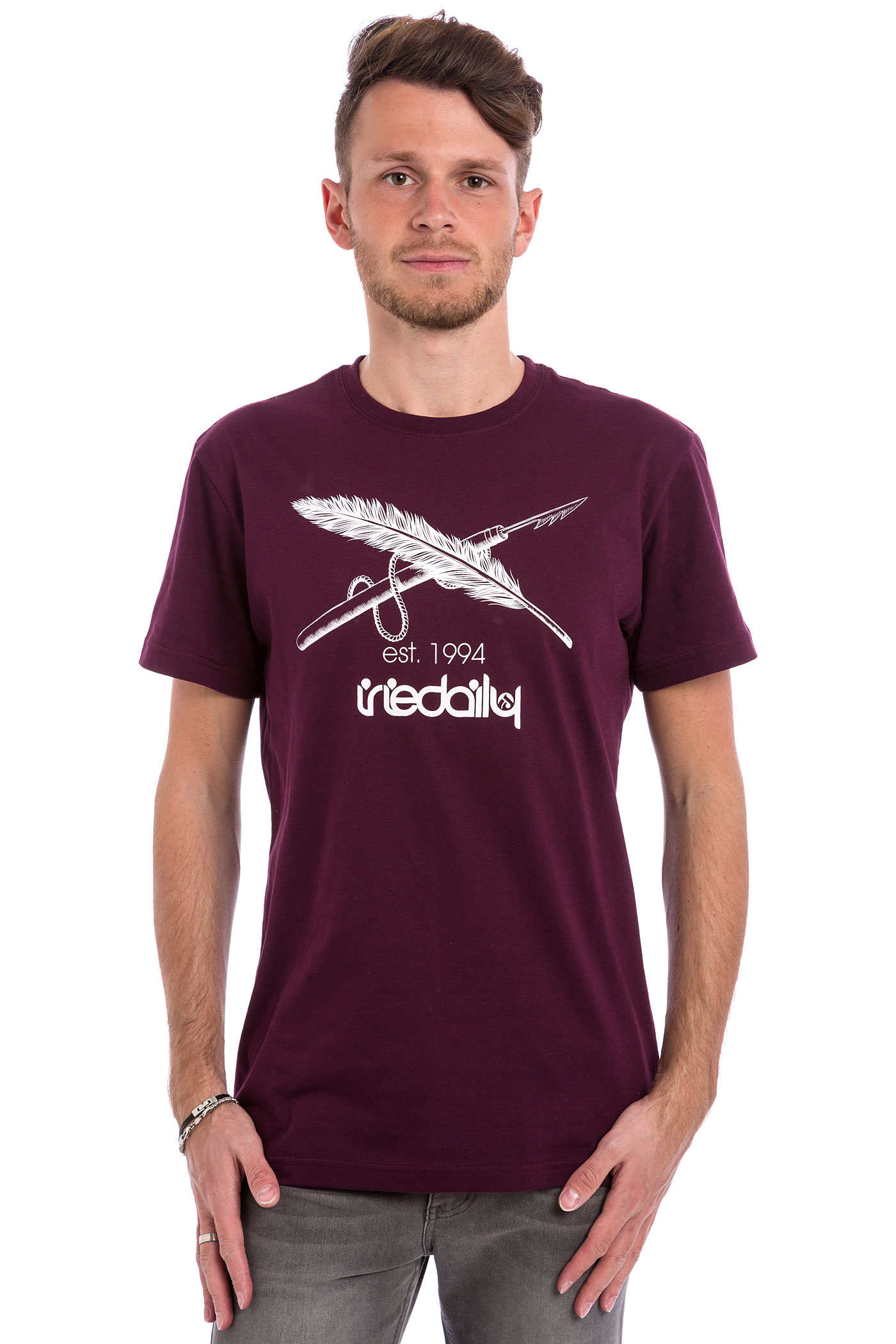 iriedaily harpoon flag t shirt red wine buy at skatedeluxe. Black Bedroom Furniture Sets. Home Design Ideas
