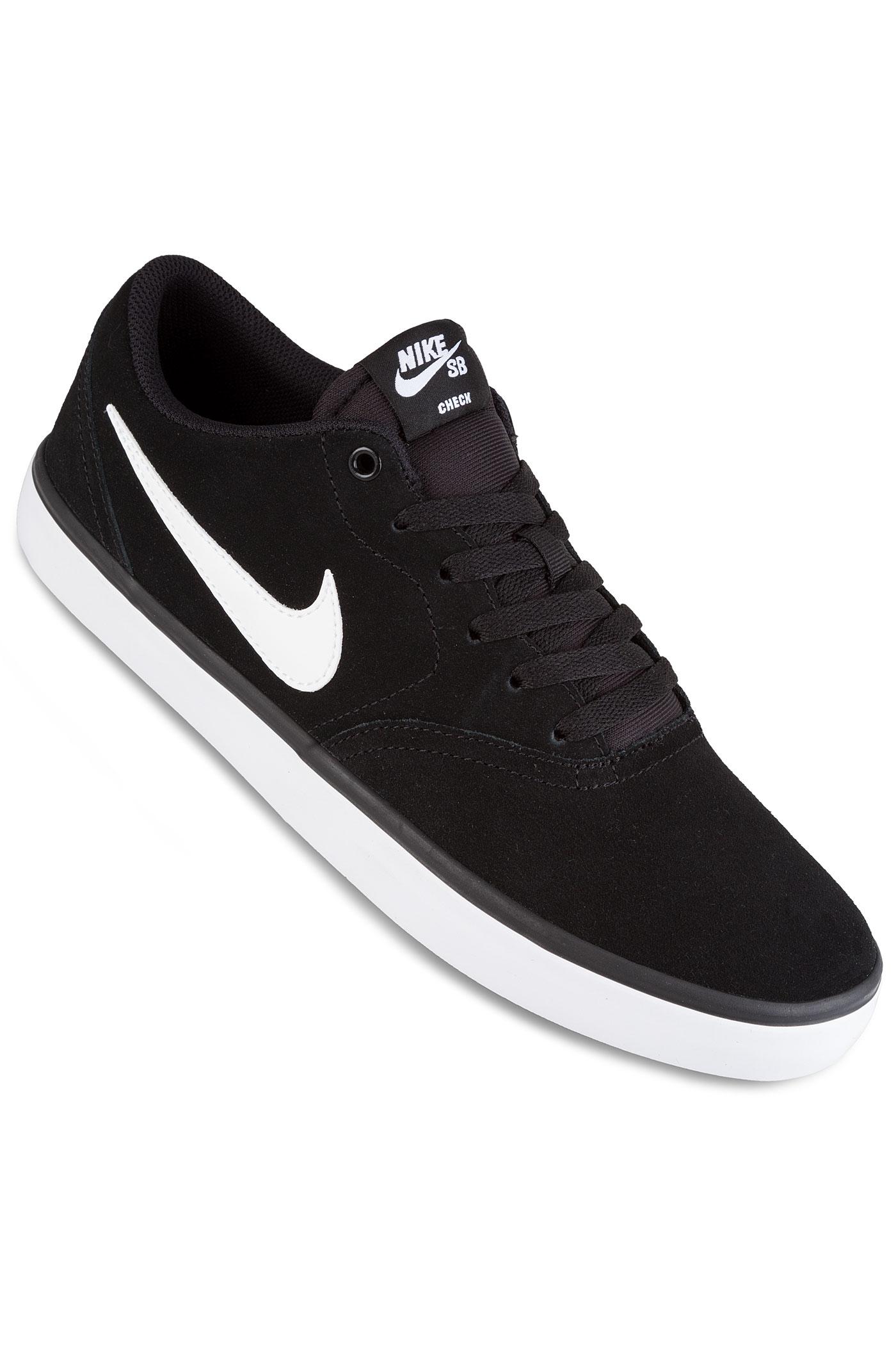 nike sb check solarsoft shoes black white buy at skatedeluxe. Black Bedroom Furniture Sets. Home Design Ideas