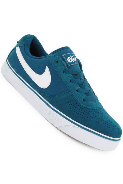 Nike SB Mavrk Low 2 Shoe (green abyss white med brown)