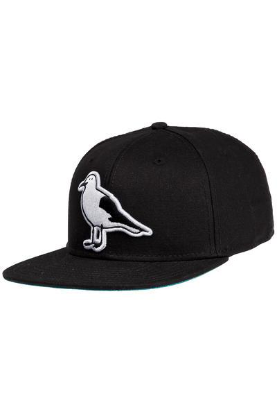 Cleptomanicx Gull Snapback Cap (black)