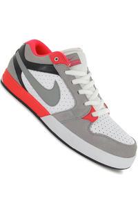 Nike SB Mogan 3 Schuh (white matte silver infrared)