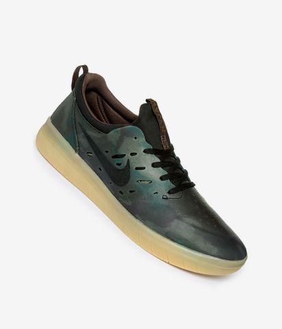 chaussure nike sb 36 gris