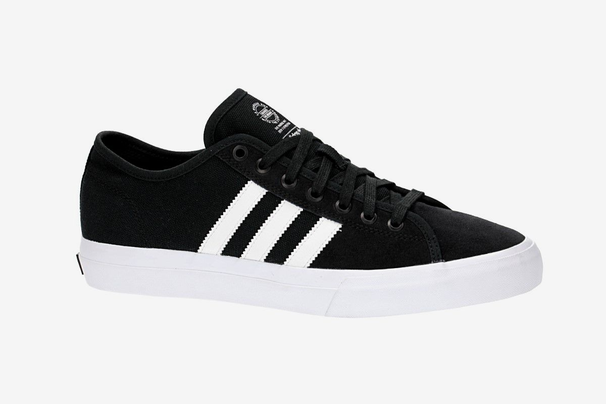 Negociar Apuesta perderse  adidas Skateboarding Matchcourt RX Shoes (core black white) buy at  skatedeluxe